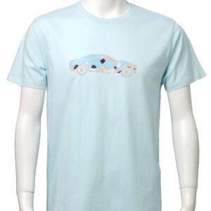 Car with brushstrokes – 水色地 ベージュ柄 クルーネックTシャツ